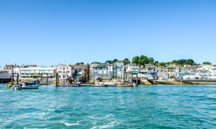 Style of Wight to Publish Cowes Harbour Handbook