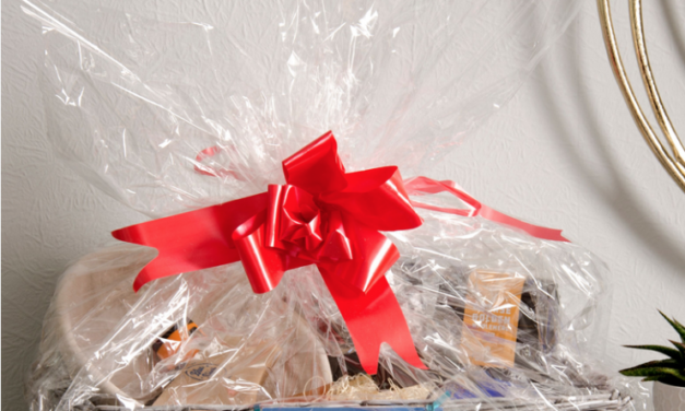 The Style of Wight Christmas Hamper Prize